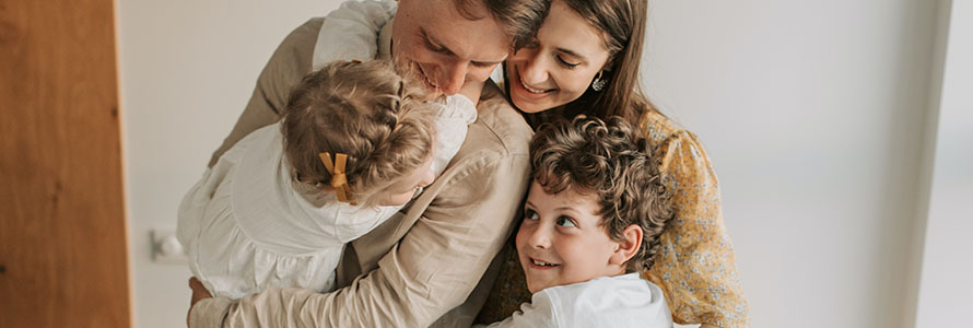 Key-assets-case-study-feature-image-family-hugging